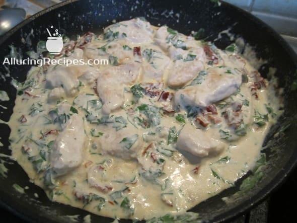 5. Куриное филе в сливочном соусе